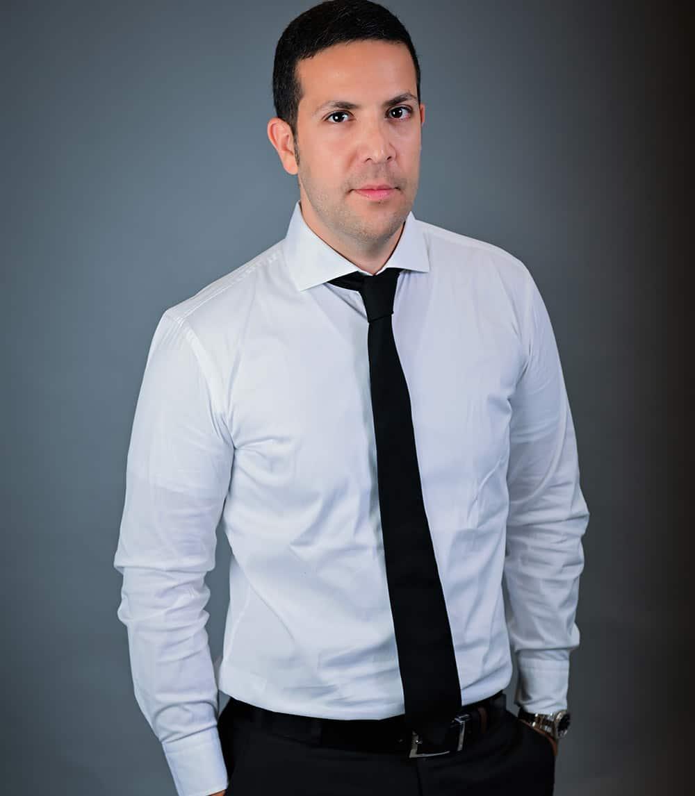 Neil Hebroni Lawyer-832